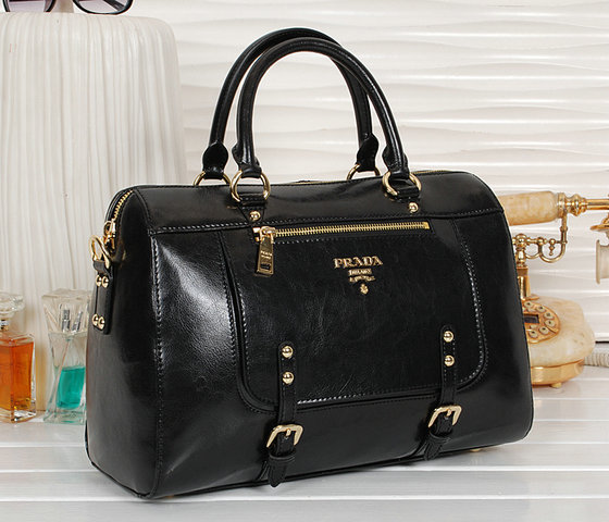 2013 New Prada Shiny Leather Tote Bag bn0828 in Black