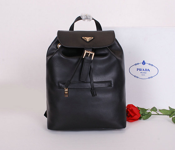 2014 Latest Prada Calf Leather Backpack BZ032L in Black for Women
