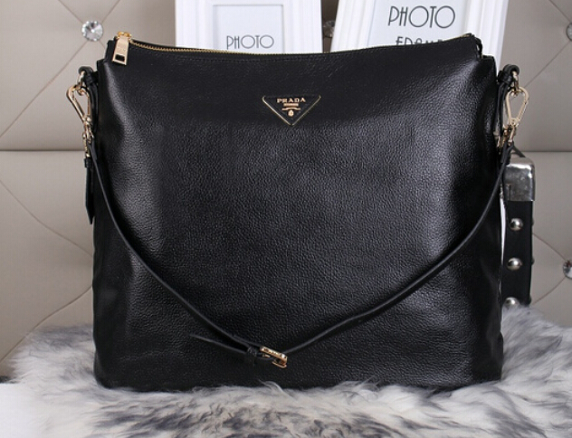 2014 Autumn/Winter Prada Vitello Daino Shoulder Bag in Black
