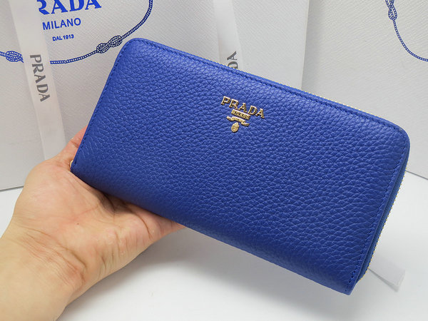 2014 New Prada Grained Calf Leather Wallet 1M0506 in Blue