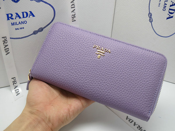 2014 New Prada Grained Calf Leather Wallet 1M0506 in Lavender