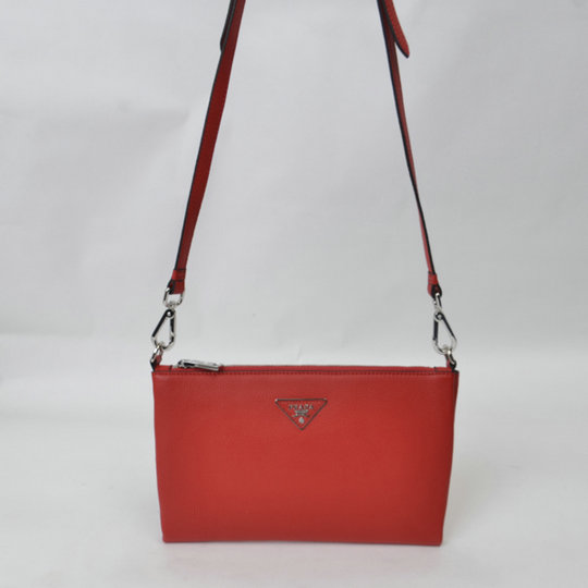 2015 Cheap Prada Grainy Calf Leather Shoulder Bag BT0997 in Red