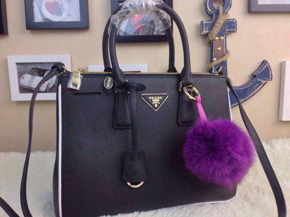 2015 S/S Prada Saffiano Tote Black With White Contrasting Trim