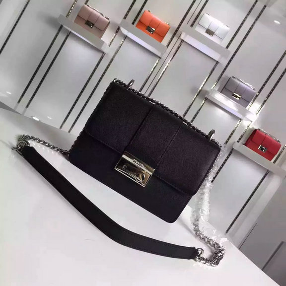 2016 Autumn/Winter Prada Flap Shoulder Bag 1BD080 in Black