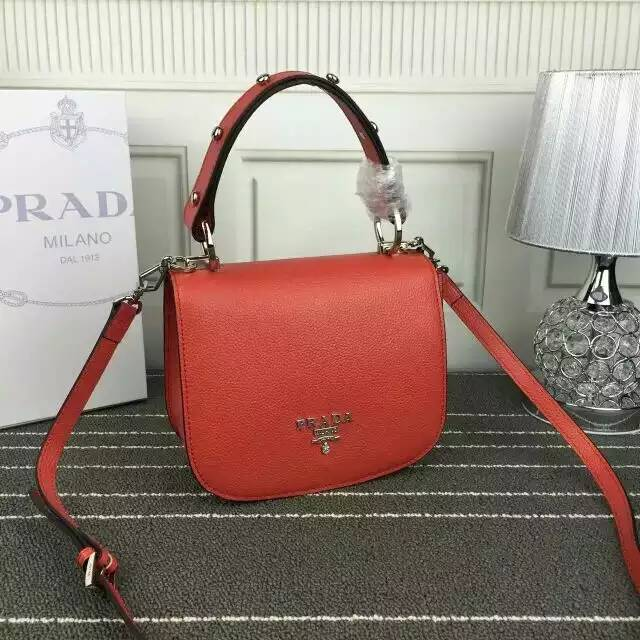 2016 Fall/Winter Prada Pionnière Shoulder Bag in Red Grain leather