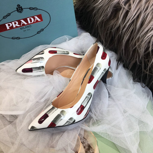 2019 Prada Patent Leather Pumps with lipstick print