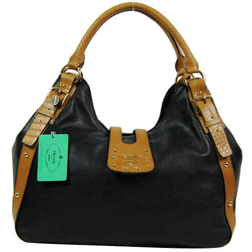 Prada Shoulder Bag in Black Brown